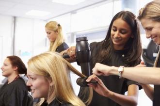 Giảng viên ngành tóc